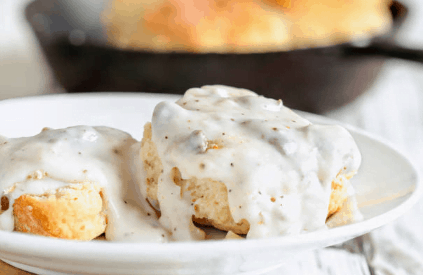 Biscuits soaked in gravy-American Foods