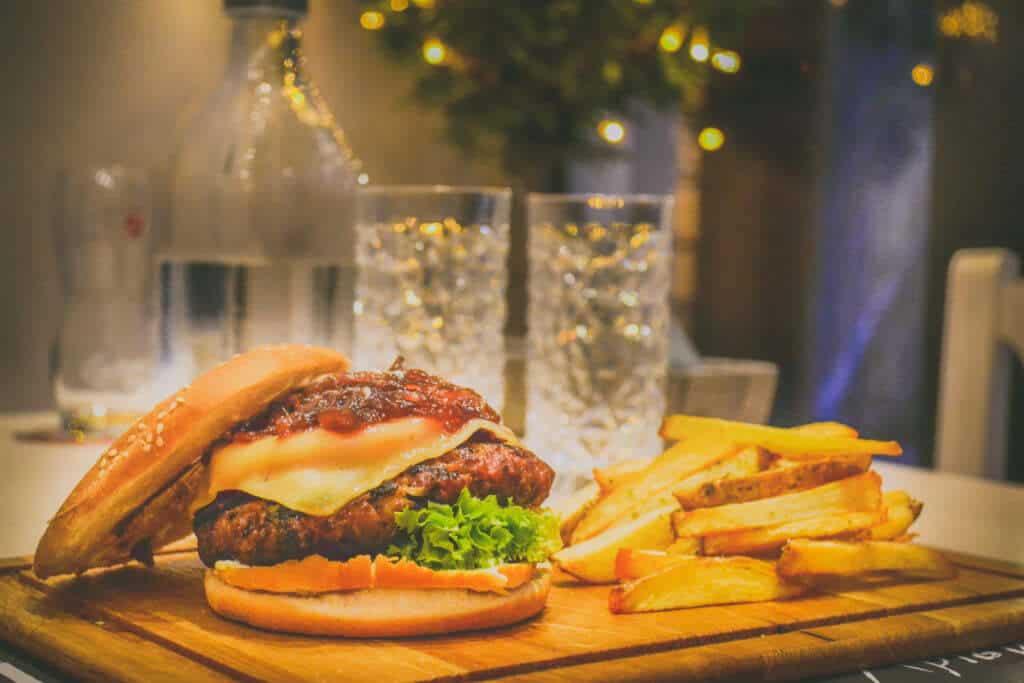 hamburger-American Foods