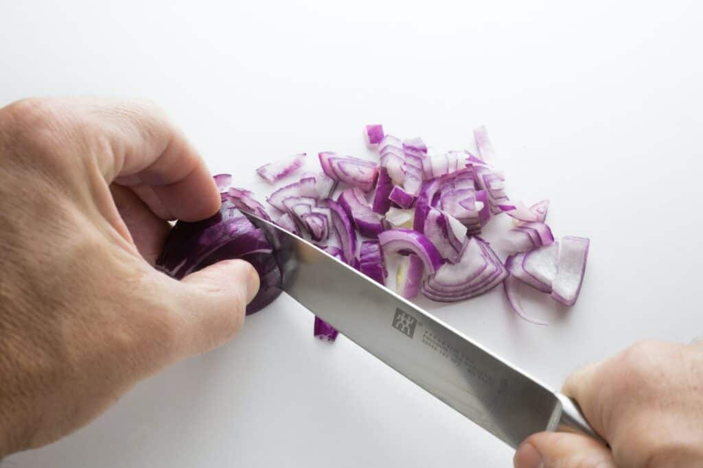 onion-cutting
