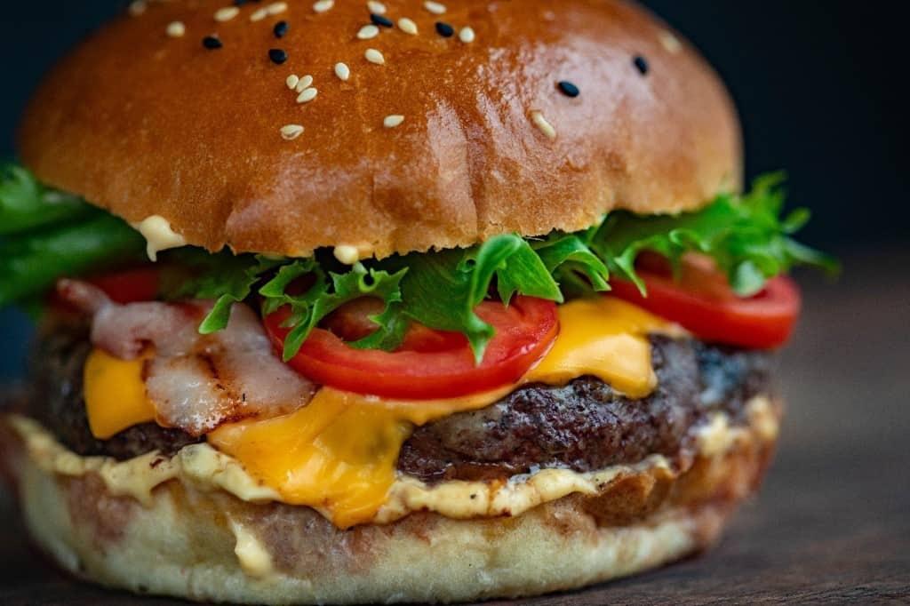 home-made-mcaloo-tikki-burger